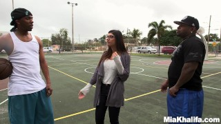 Mia Khalifa's Epic Big Black Cock Threesome (mk13769)