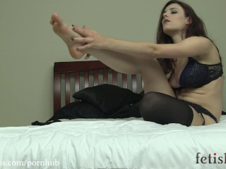 Iona Grace Foot Tease