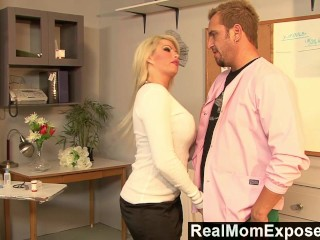 Brooke Realmomexposed Everything video: RealMomExposed - Boobilicious Brooke has everything to please a cock