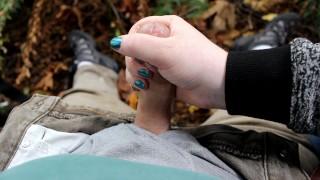 Nice Public Handjob Outdoors On Hike