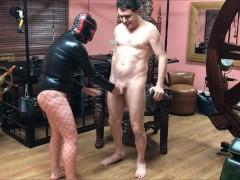 Ballbusting: Mistress Natasha Poole destroys the testicles of Andrea Diprè
