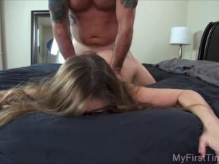 Kloe's First Porno