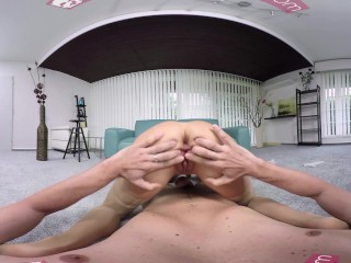Pussy Tight Mike vid: VR BANGERS-Paola Mike take a big dick in her tight pussy