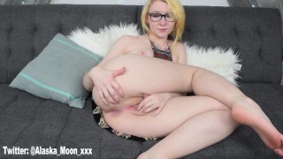 butt masturbate hippie hippie girl bohemian cumming masturbation solo female fingering solo fingering blonde hippie blonde nerdy nerdy girls girls with glasses glasses