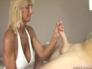 Handjob Granny video: Blonde granny handjob