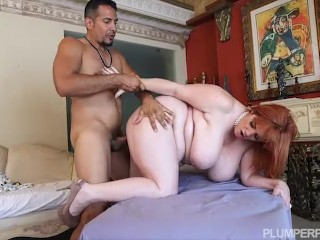 Super Busty BBW MILF Roxee Robinson in Her First Hardcore Scene