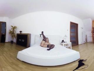 043 - NIKKY DREAM - 3D Virtual Reality masturbations from Bravo Models