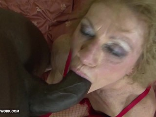 Interracial Porn - Granny likes it rough gets anal fucked and cumshot