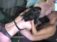 Threesome, shemale fucks girl and boy, SHE SQUIRT!