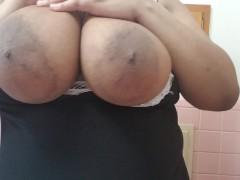 Big Natural Titts