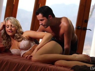 Babes - Mia Malkova loves big cock