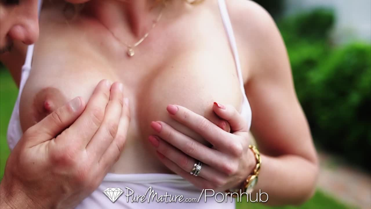 Puremature busty blonde cory chase begs for after pool anal 4