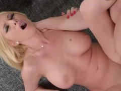 Movie:Desperate housewife gets a har...
