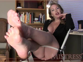 MistressT – Manipulated By Shiny Feet