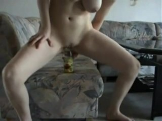 Amateur Teen Fucks Bottle on Webcam