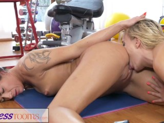 Fitness Rooms Milf gym teacher sweaty trib sex session with hot student