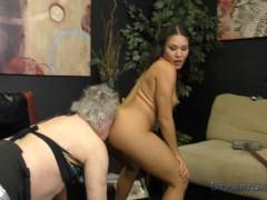 Mena Mason Turns HandyMan Into Her Sissy Asslicker / Ass Worship