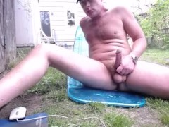 Naked and cumming Outdoors