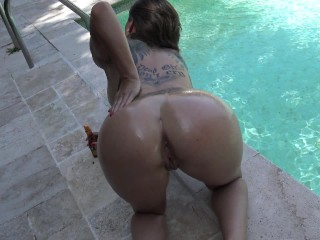 French Brunette With Best Ass Squirt in Swimming Pool by Vic Alouqua