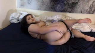 WEBCAM GIRL WANTS TO CUM ON YOUR COCK