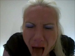 Deepthroat gagging ruining my make up on my dildo