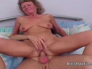 British Granny gets a fuck