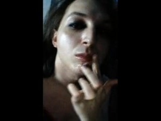 Trap smears cum on her lips for Daddy