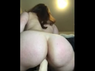 Riding and Cumming too my Wand