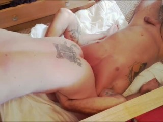 muscle milf grinds her giant clit into hubbys face, gets ass eaten.