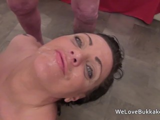 cock sucking session for english brunette