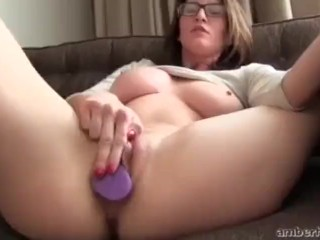 Amber Hahn masturbating while cumming