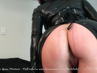 MASSIVE SQUIRT SESSION with Sasha Chen Latex Mistress - PREVIEW VIDEO