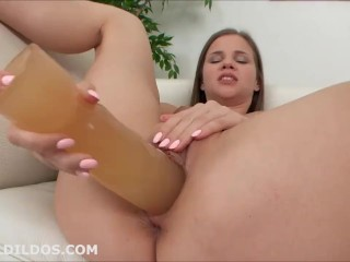 Babe masturbating and expanding her pussy with a huge brutal dildo in HD