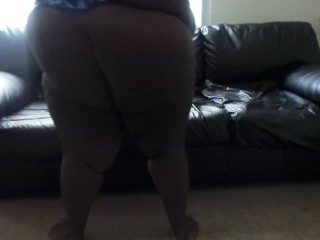 Ebony stepmom flabby booty shaking trying to excercise