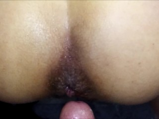 Quick anal in bathroom with out lube. LE ENCANTA POR EL CULO. ANAL A LATINA