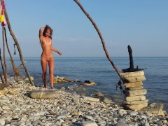 Moana XXX in execution of Sasha Bikeyeva (Cosplay solo Bad Dragon 2017)