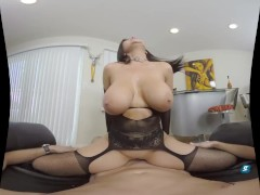 MilfVR - Weekend Warrior ft. Romi Rain