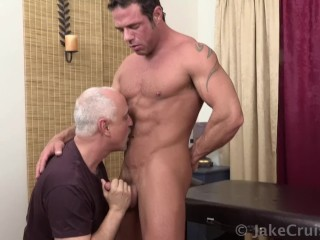 Mike Anders Massaged by Jake Cruise