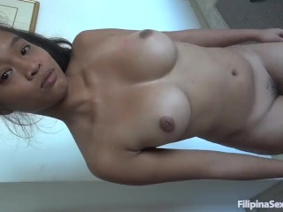Big boobed Filipina girl I just met gives up the pussy so easily