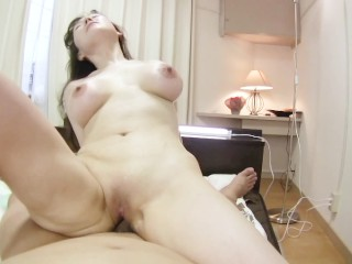 big tits japanese cougar gets her shaved pussy filled with cum