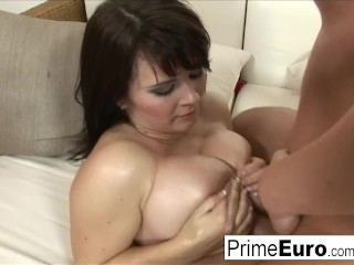 busty brunette kristi klenot gets fucked on the couch