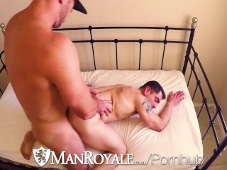 ManRoyale Glory hole turns into fuck for Jeremy Spreadums