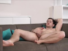 Hot Gay Hunk Masturbates