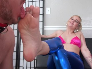 Kate England hot Foot worship Brattyfootgirls.com