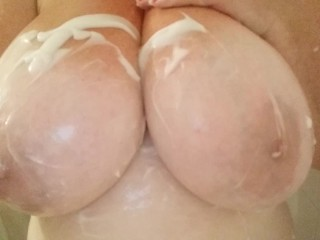 Amateur Milf with Big Tits Get Soapy in the Shower