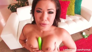 Super hot London Keyes teases with a toy