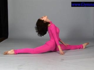 Sexy German gymnast Lomar