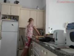 Brekfast Prep Kitchen no nudity coconut_girl1991_011216 chaturbate REC