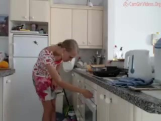 Brekfast Prep Kitchen no nudity coconut_girl1991_011216 chaturbate REC