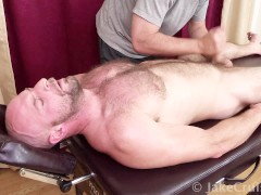 Dirk Willis Massaged by Jake Cruise
